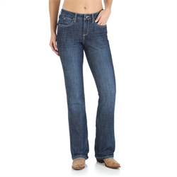 Wrangler Women's Aura Instantly Slimming Jean Medium Wash
